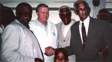 left to right Robert Scott - George Steinbrenner - Buck O'Neil - Charlie Biot - Armando Vasquez. At Yankee Stadium honoring the Negro League Players 1998 (click photo for larger version)
